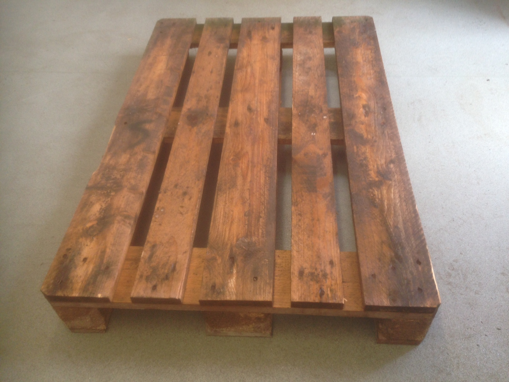 800 x 1200 heavy duty B grade Euro Pallets
